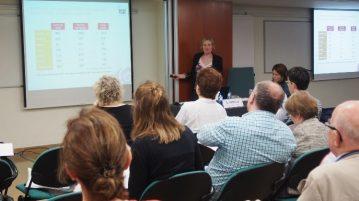 La Doctora Corella con los farmacéuticos catalanes