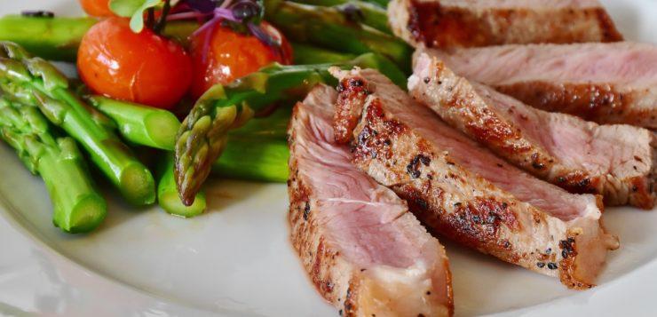 La grasa en la carne de cerdo y los productos cárnicos