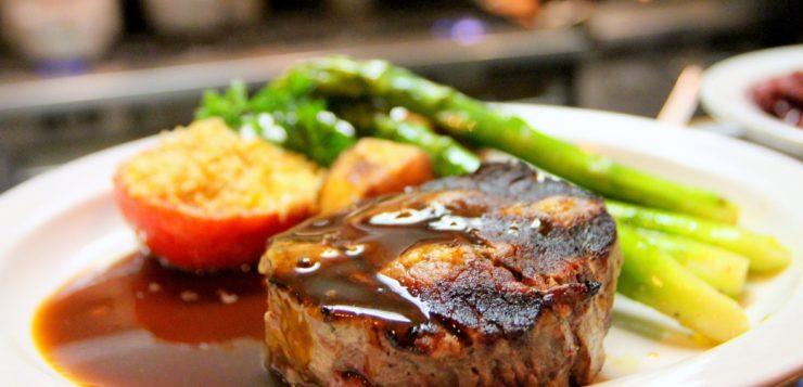 El porcino representa el 43% del consumo total de carnes en España